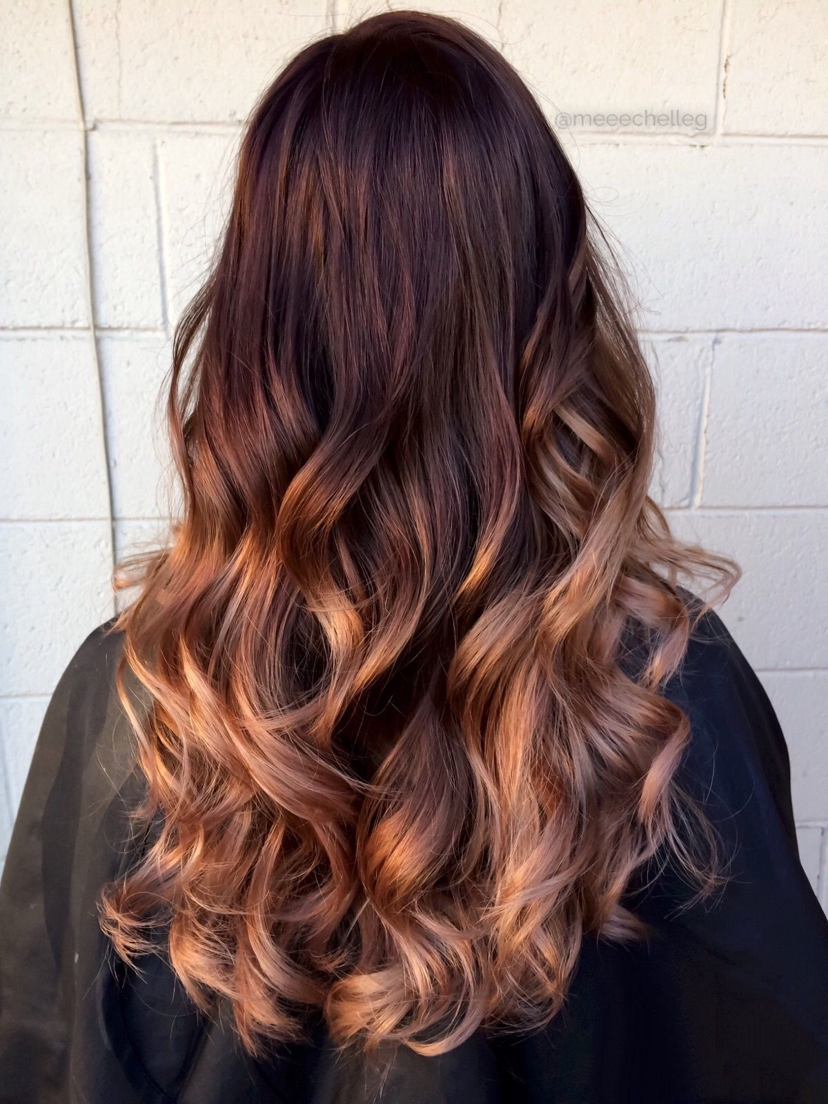 Pretty Ombre Ombre Long Hair Curls Curly Hair Dark Roots Dark Red Rose Gold Peach Light Ends Long Hair Styles Curly Hair Styles Curls For Long Hair