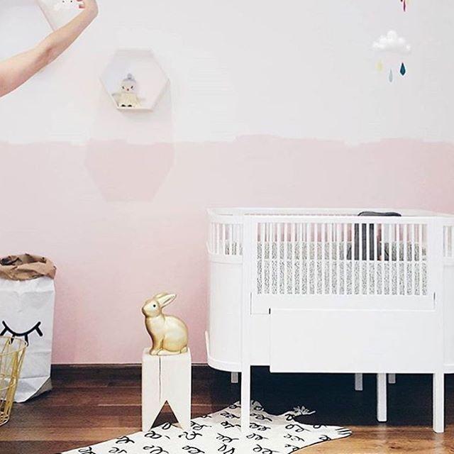 • pretty in pink • • by @liveloudgirl • #kidsroom#kinderzimmer#kinderkamer#barnerom#barnrum#barnrumsinredning#barnrumsinspo#kiiidsinspiration#jungzimmer#børneværelse#babyzimmer#nusery#kids#kidsingram#childsroom#inspiration#nordic#style#inspration123#interior4all#color#blog#design#inspo#monochrome#love#miffy#blog#blogger#nordickidsliving#lastenhuone