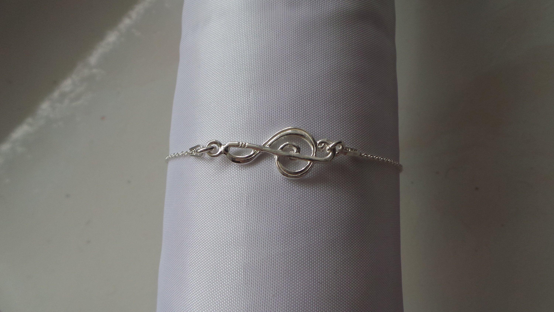 bracelet femme note de musique