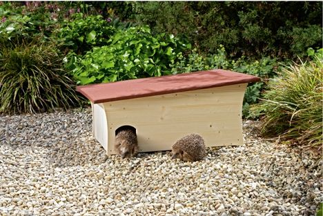die besten 25 igelhaus selber bauen ideen auf pinterest selbst bauen vogelhaus insektenhotel. Black Bedroom Furniture Sets. Home Design Ideas