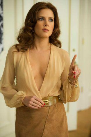 9b84e0b41f31 Amy Adams in American Hustle - nude wrap blouse + suede skirt ...
