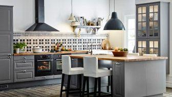 Grande cucina con isola e sgabelli bar casa cucine cucina