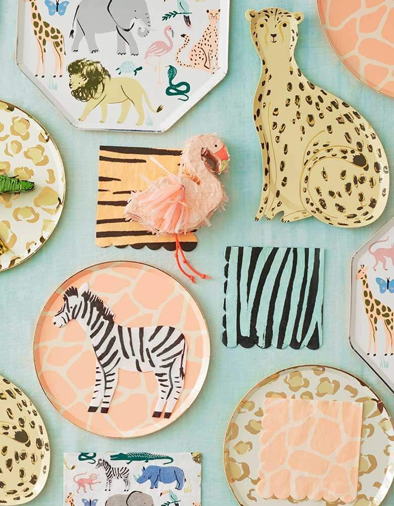 Adorable safari themed party supplies and decorations for your baby's first birthday party. Check out momoparty.com for more! #wildone #safaritheme #safaribirthday