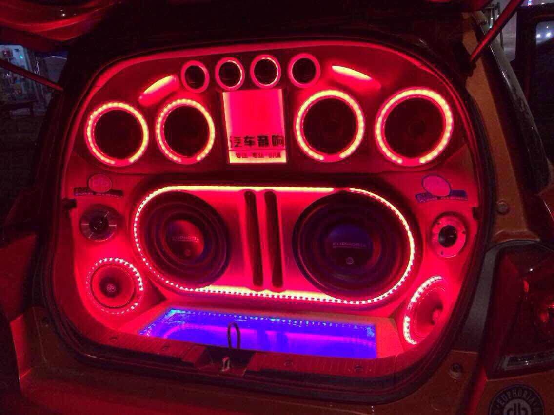 Euphoria car audio Installation from China オーディオ