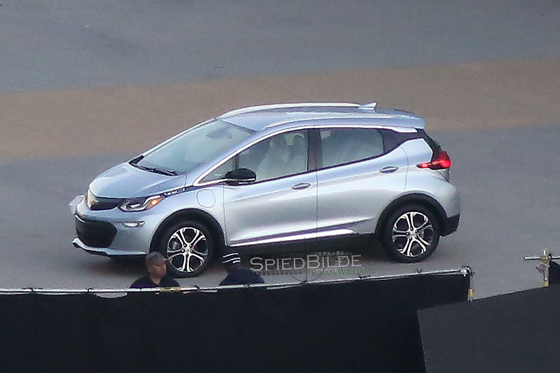 2017 Chevrolet Bolt Ev Production Car Spied Before 2016 Ces