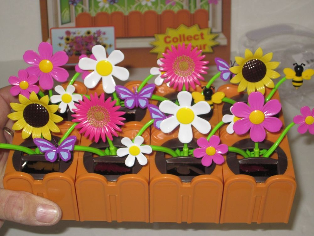 Solar Dancing Flowers Collect Connect Flower Pots Hook Together So Cool Dancing Toys Solar Flower Pots