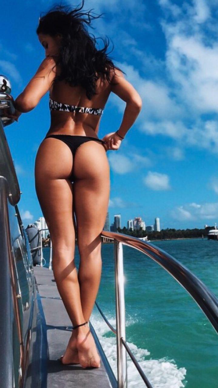 katya elise henry | #bikini #sexy #booty | pin@settimamas | nsfw