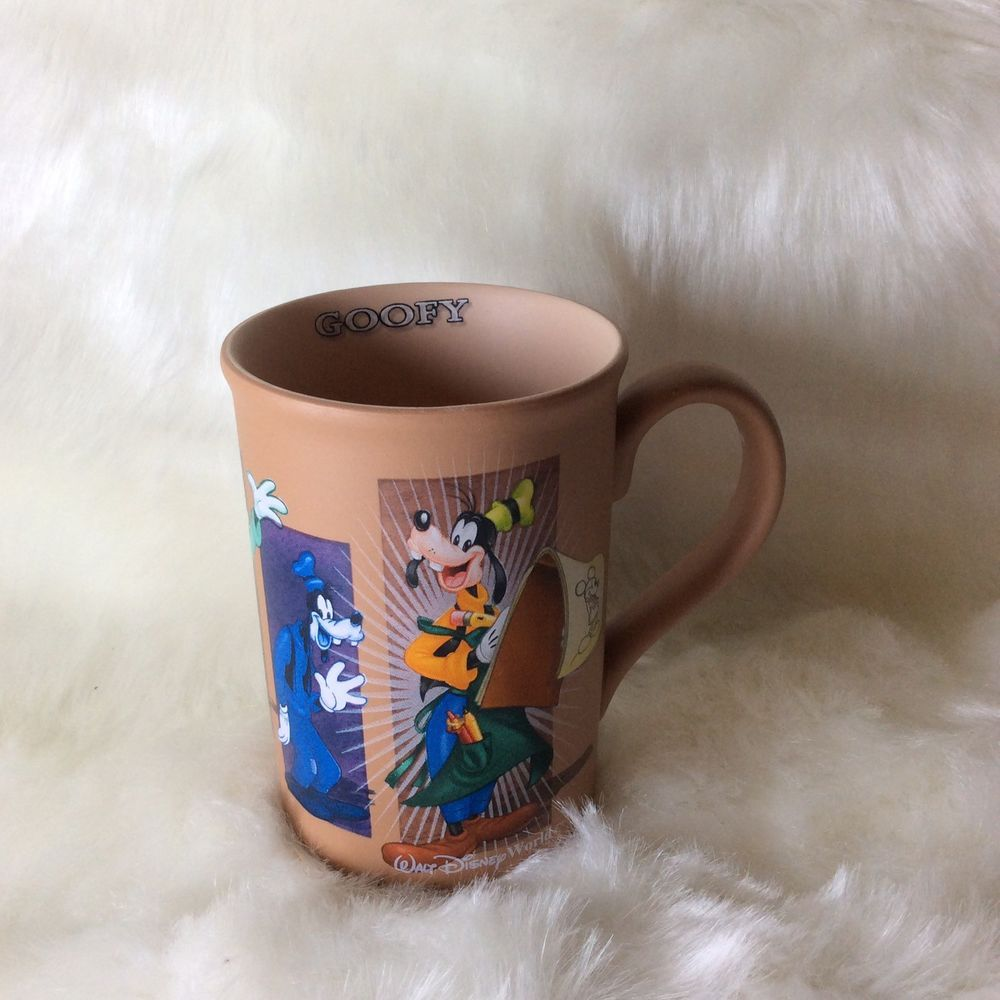 Walt Disney World Goofy Collector Coffee Mug Cup Brown