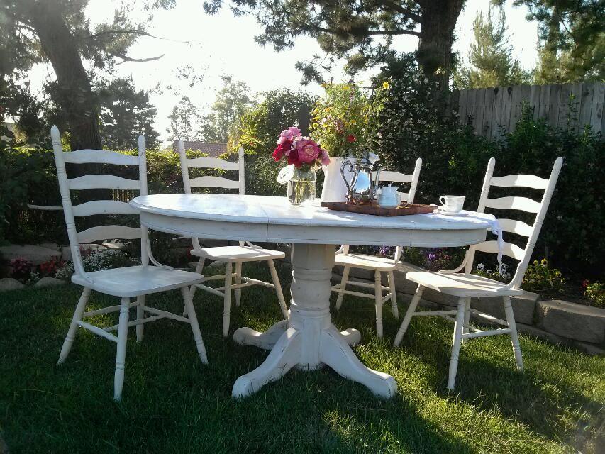 It S Done Craigslist Treasure Oak Pedestal Table With 4