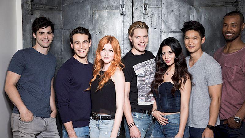 Le cast de la série Shadowhunters
