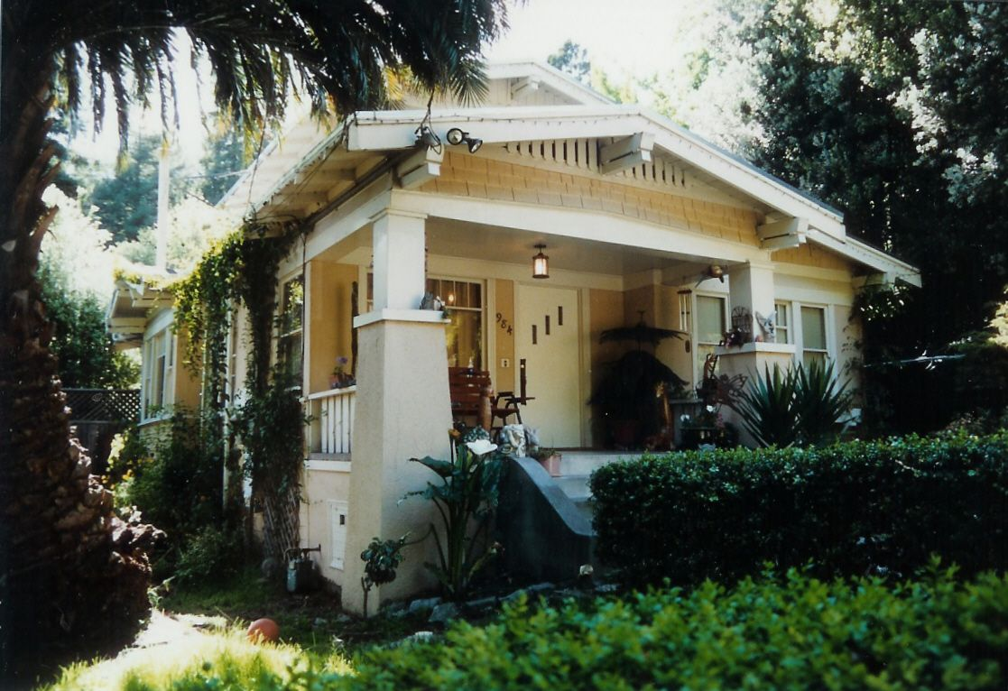 American Style The California Bungalow Curb Appeal