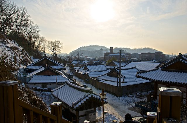 Jeonju Hanok Village 전주한옥마을 by Moe0, via Flickr