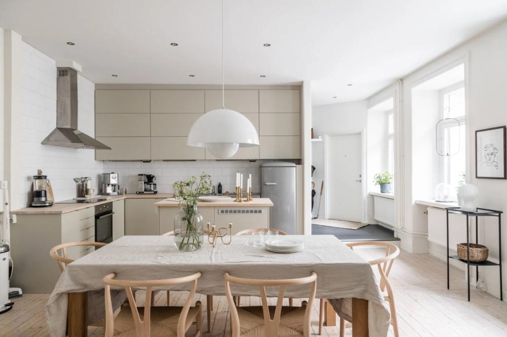 Yay or nay: gekleurde eetkamerstoelen | Eetkamer ontwerp