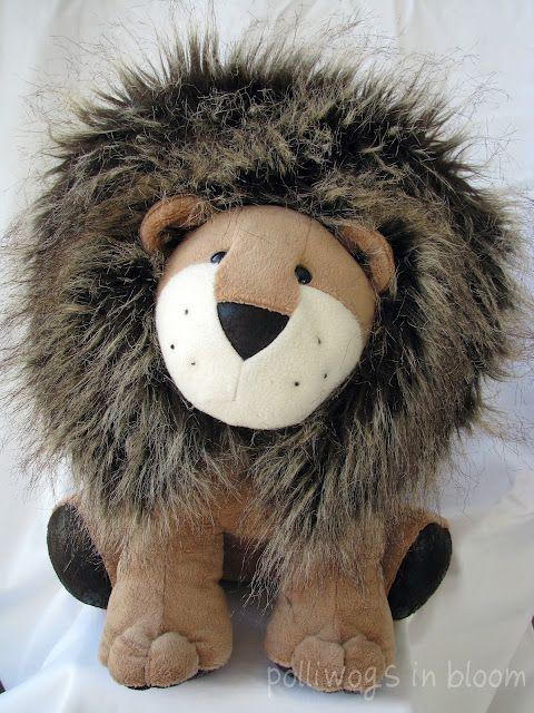 Larry Lion