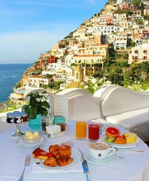 Desayuno en Positano