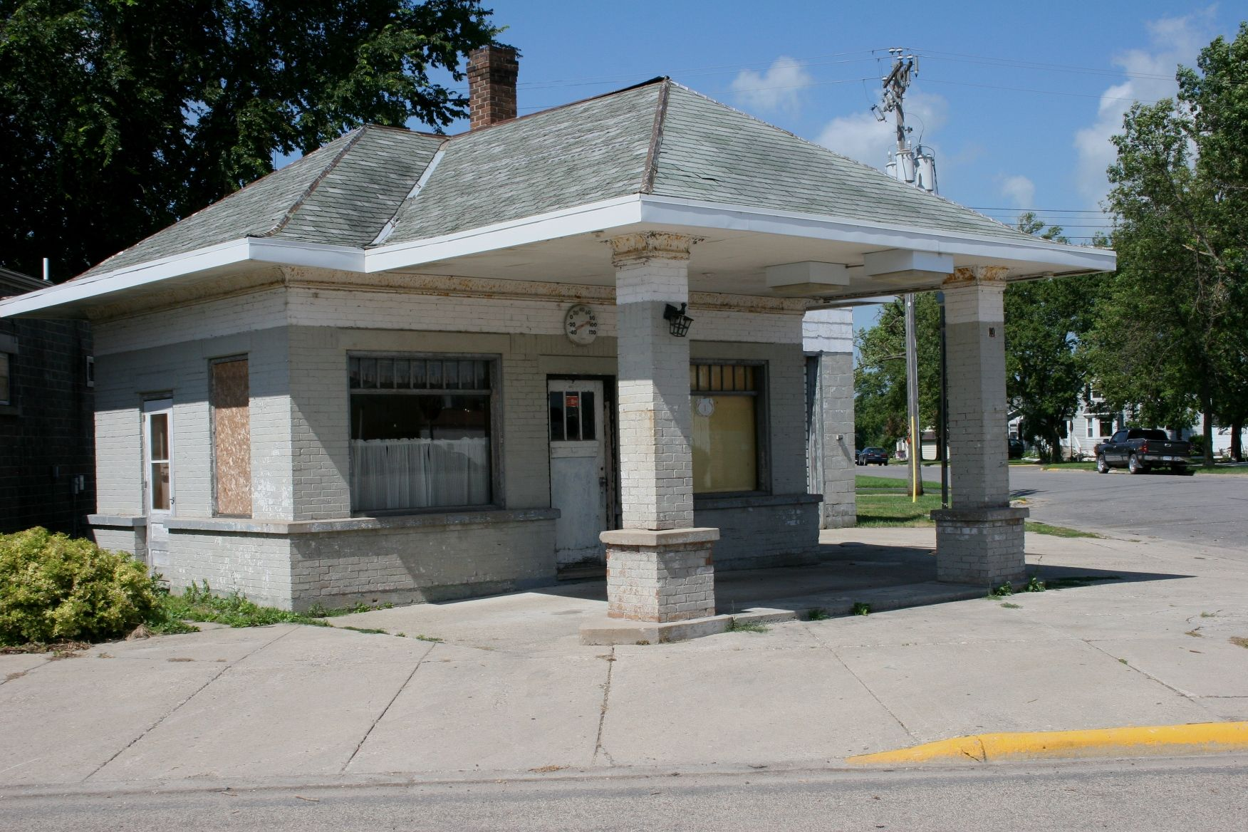 old gas stations | Belview, old gas station