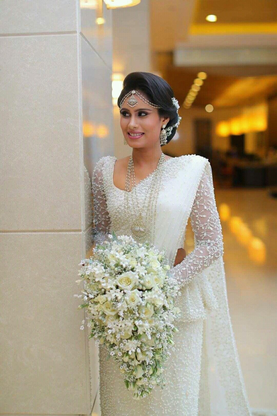 Dressed Dhananjaya Bandara | Happy ❤❤ | Pinterest | Hochzeitskleider