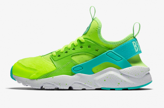 ded8a6bee24a http   SneakersCartel.com Kermit The Frog Vibes On This Nike Air Huarache
