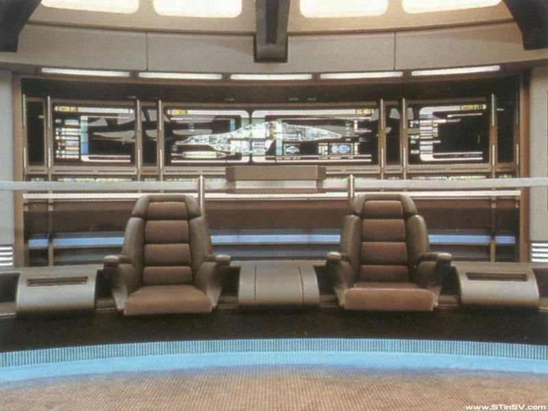 Bridge Of The Uss Voyager With Images Star Trek Ships Star