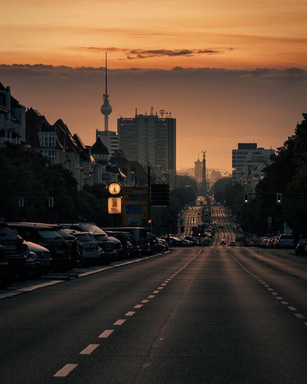 Gefallt  Kommentare Visitberlin Visit_berlin Auf Instagram Visit_berlin Team Pick What A Wonderful Berlin View Captured By Local