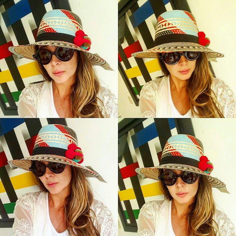 SOMBRERO WAYUU DECORADO ❤beautiful hat decorated with weave Wayuu ♡ sombrero  de paja decorado con pompones  378a0ef0868