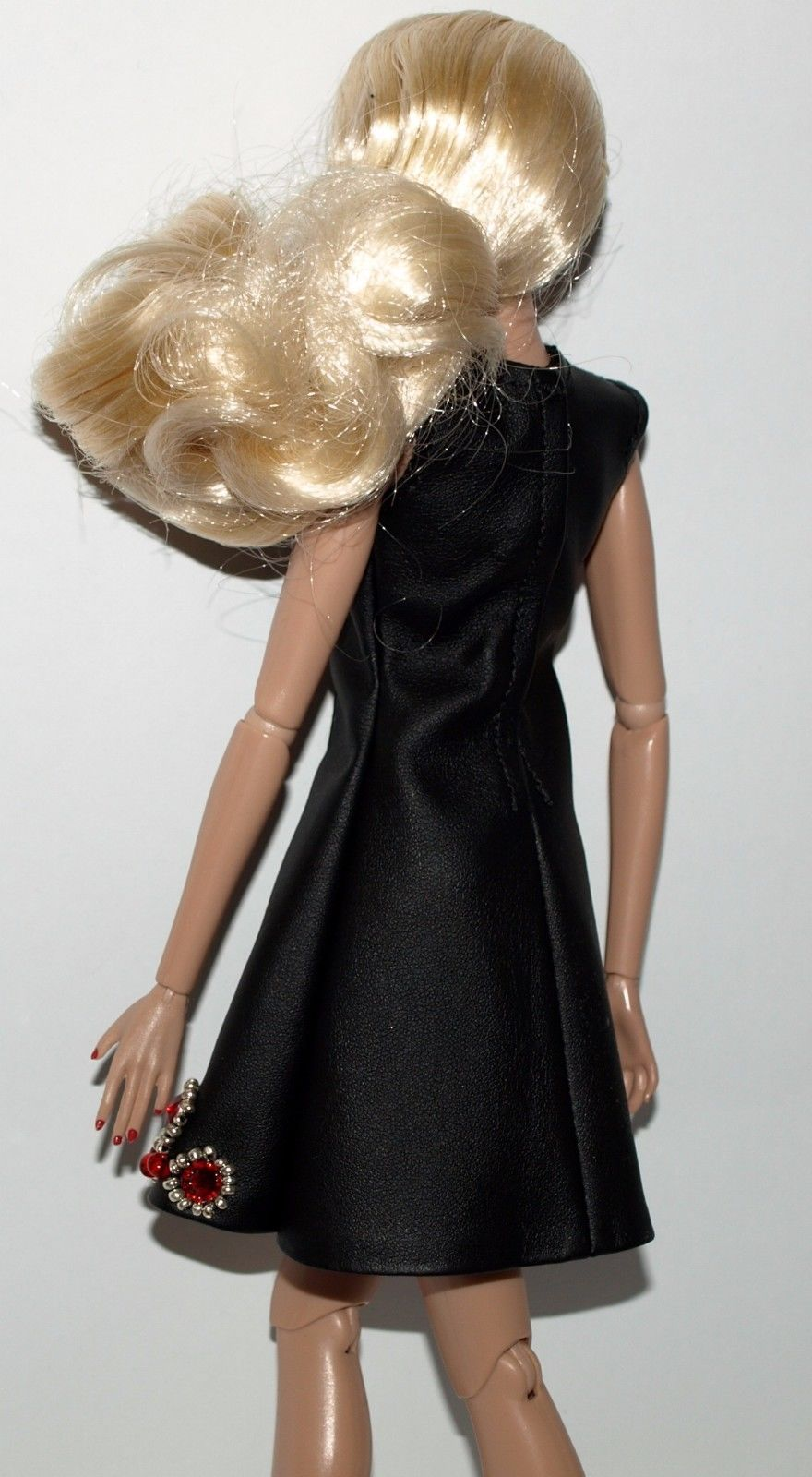 """F or FR2 and similar 12"""" dolls. from ~KAREN exclusive~. O OAK outfit. I s hip to Worldwide. It is mint, from smoke and pet free home. All dolls and fashions are collected by an adult collector, and come from a smoke and pet free home, clean environment. 