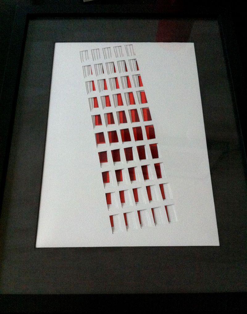 Un #building en #papier par @Hélène Ducrocq !  #paper #art #illustration  --> http://www.oeilbleu.com
