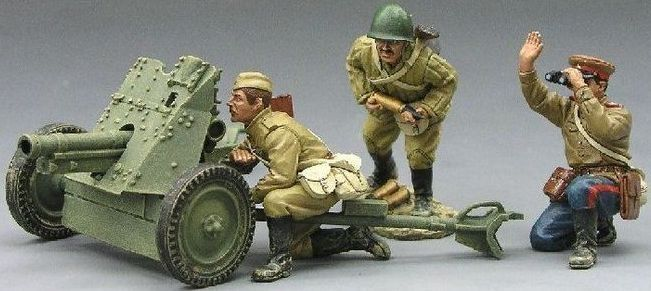 World War II Russian Army RA010 Anti Tank Gun set - Made by King and Country Military Miniatures and Models. Factory made, hand assembled, painted and boxed in a padded decorative box. Excellent gift for the enthusiast.