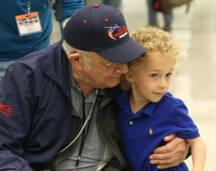 Montana veteran dies after returning from honor flight