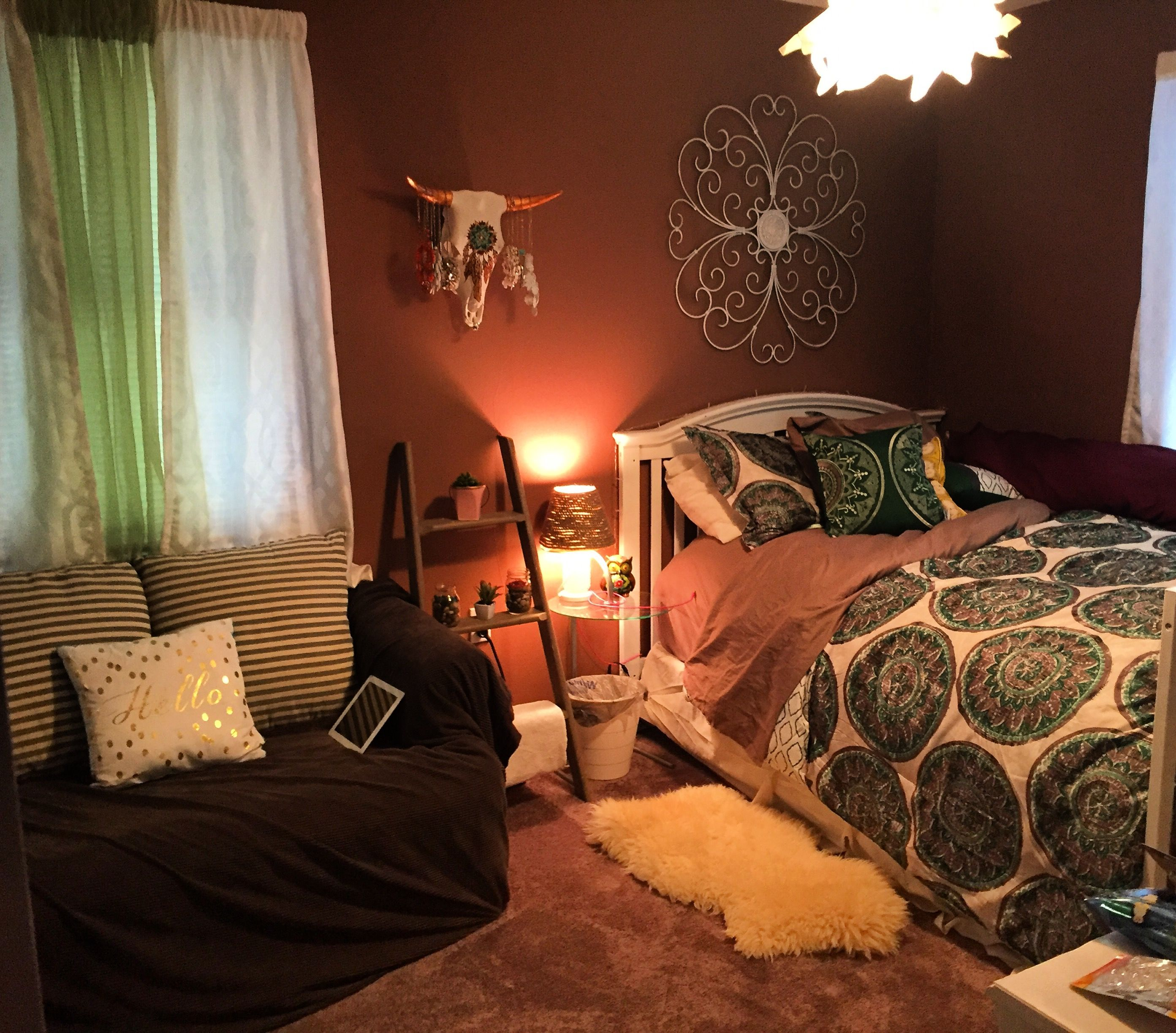 #bedroomdesign bedroom design, DIY bedroom decor, bedroom on a budget, upcycle bedroom