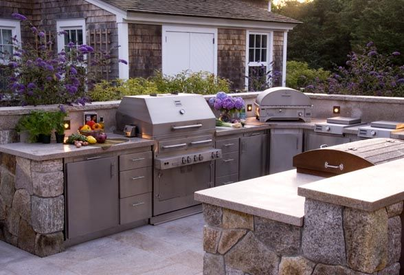 U Shaped Outdoor Kitchen W Everything Including An