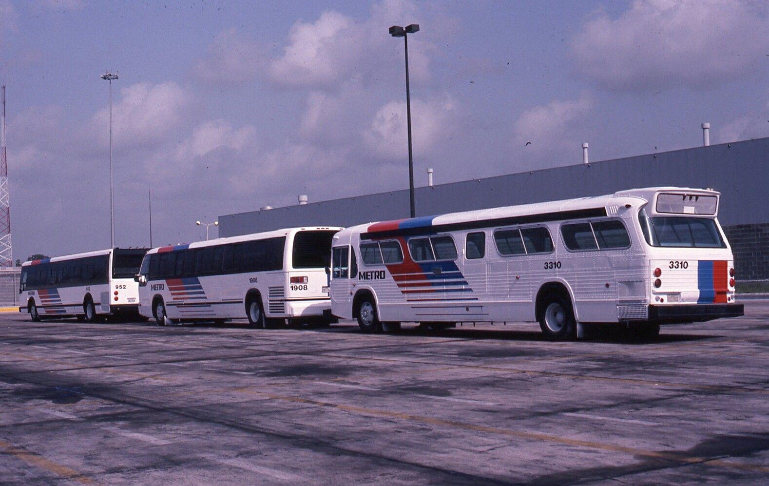 Houston Metro Gmc Fishbowl And Rts New Bus Metro Bus