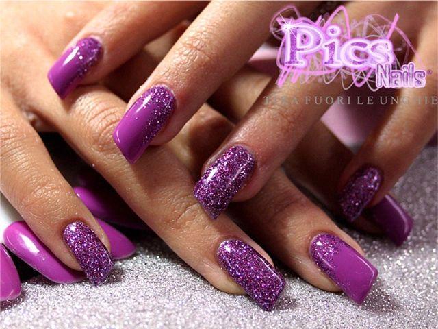 unghie con gel viola