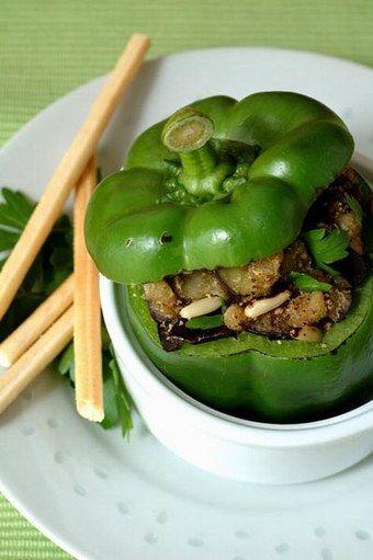 Gefüllte Paprika auf vegetarische Art - Kinderkochbuch kinderleicht