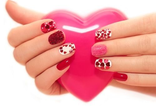 11 super cute valentines day nail art designs you can do yourself 11 super cute valentines day nail art designs you can do yourself photos solutioingenieria Images