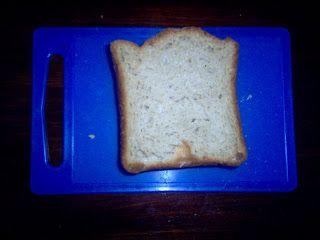 Hiivaleipä leipäkoneella