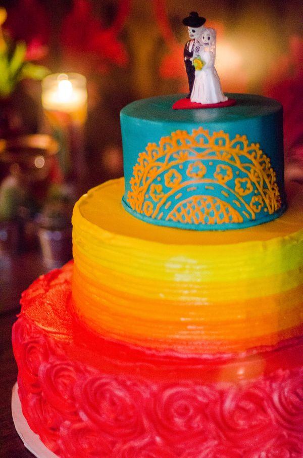 A Dia de los Muertos wedding for the whole family | Dia de, Cake and ...