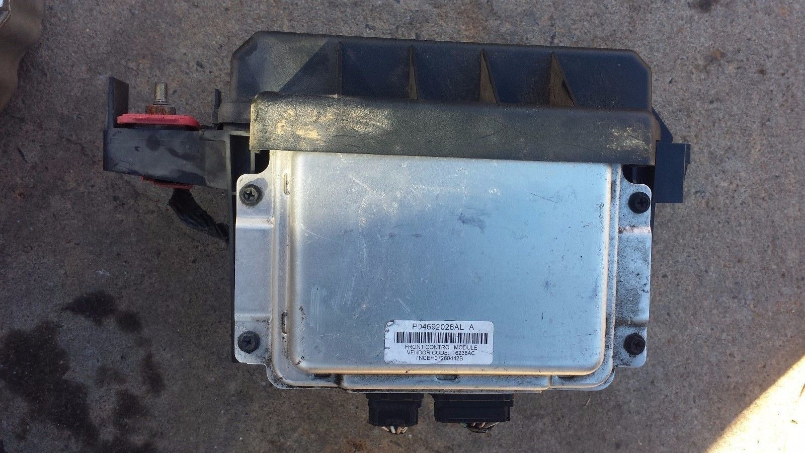 06 Dodge P04692028al Charger Chrysler 300c Tipm Fuse Box P04692031am A