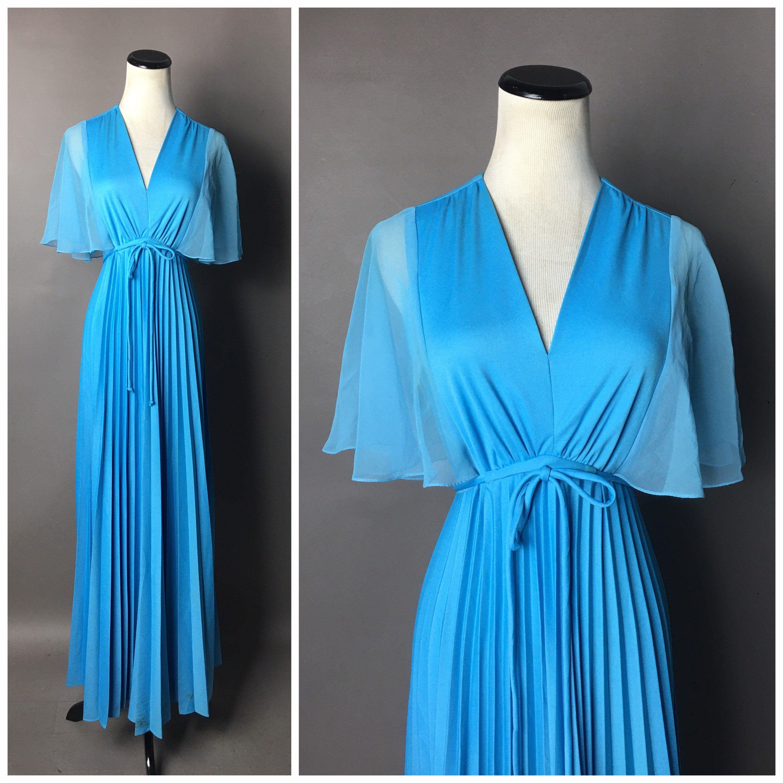 Pin On Darling Dresses [ 1004 x 1500 Pixel ]
