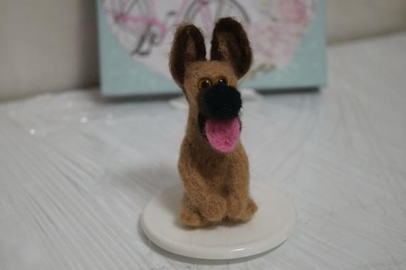 Needle felted Needle felted dog Handmade animal dogs Felting toy Felting dog toy Felting animal Felted animal Valentine's decor #needlefeltedanimals