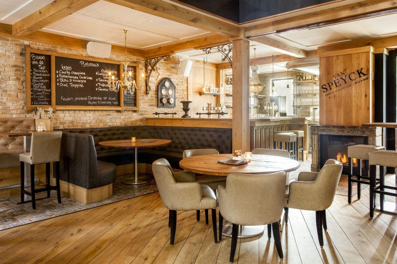 Wijnbar | Grand Café interieur Van Specyk | Industrieel Interieur ...
