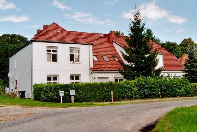 Guts- & Herrenhäuser / Gutshäuser - D / Dreetz