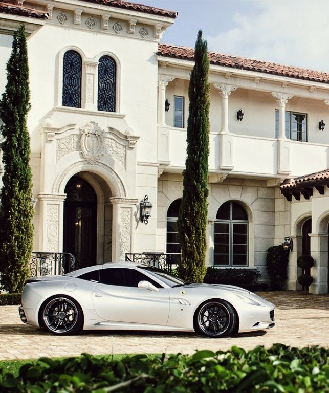 2016 Ferrari California Interior: Ferrari Outside Greek Mansion
