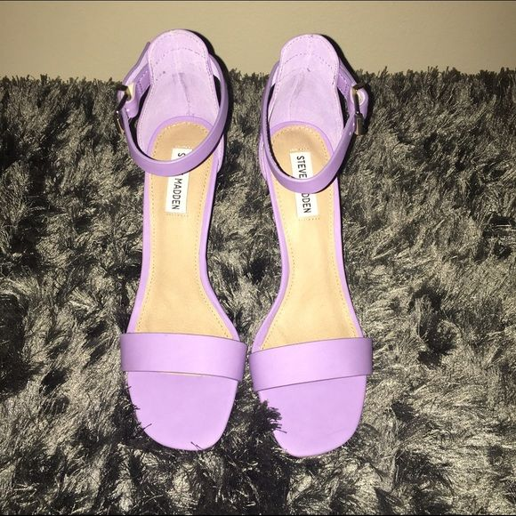 Lilac Ankle Strap Sandals Beautiful Lilac color! Low 3.5 inch heel! Spring/summer staple! Steve Madden Shoes Heels