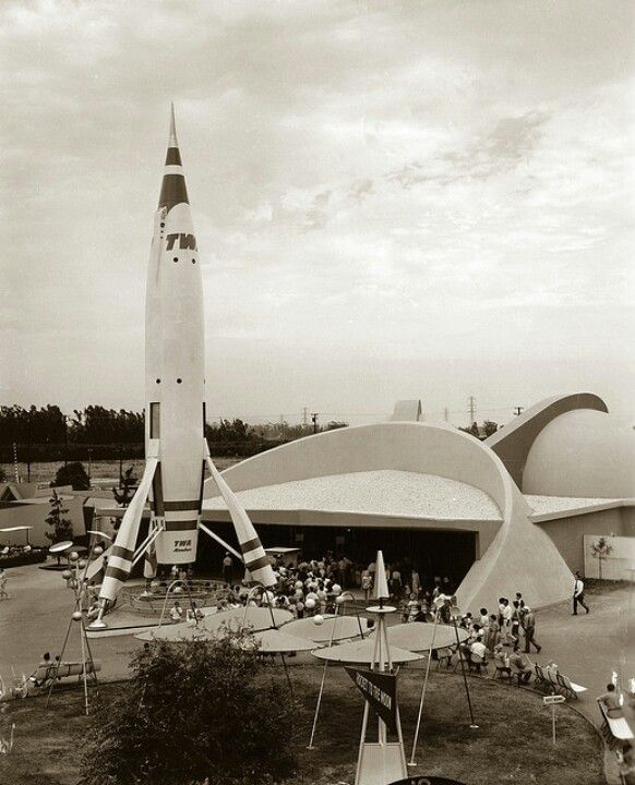 Disneyland S Rocket To The Moon The Attraction S 1955 Pre Show Film Simulated Countdown And Lift Off Of T Disneyland Tomorrowland Disneyland Vintage Disneyland
