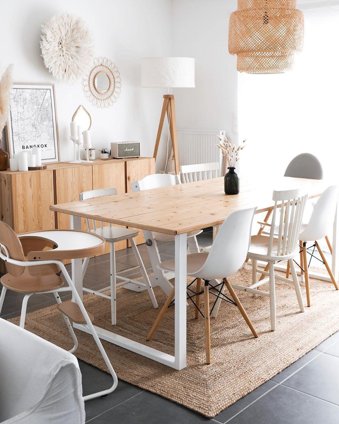 Interieur Blanc Blanc Et Bois Deco Interieure Salon Tapis En Jute Pieds De Table Ripaton Home Decor Chic Bedroom Decor Small Apartment Living Room