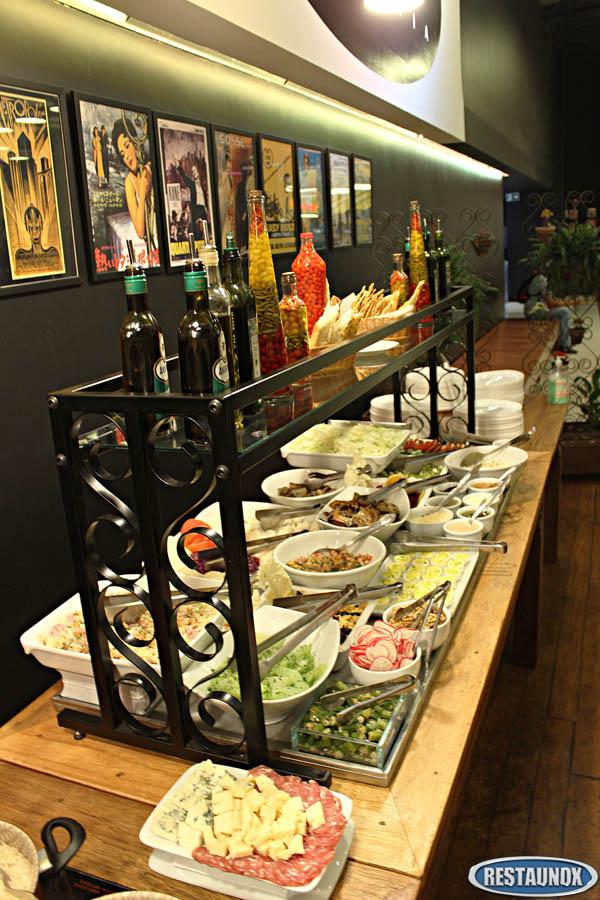 Balc o self service para restaurante refrigerado frio e for Servir comida