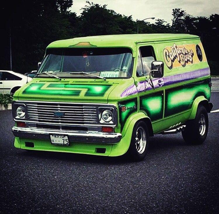 California Boogie Custom Van In Japan Custom Vans Chevy Van