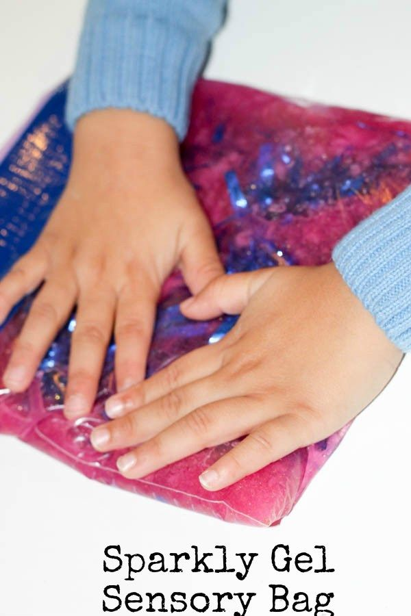 How to make a sparkly squishy sensory bag for tactile sensory play without the mess