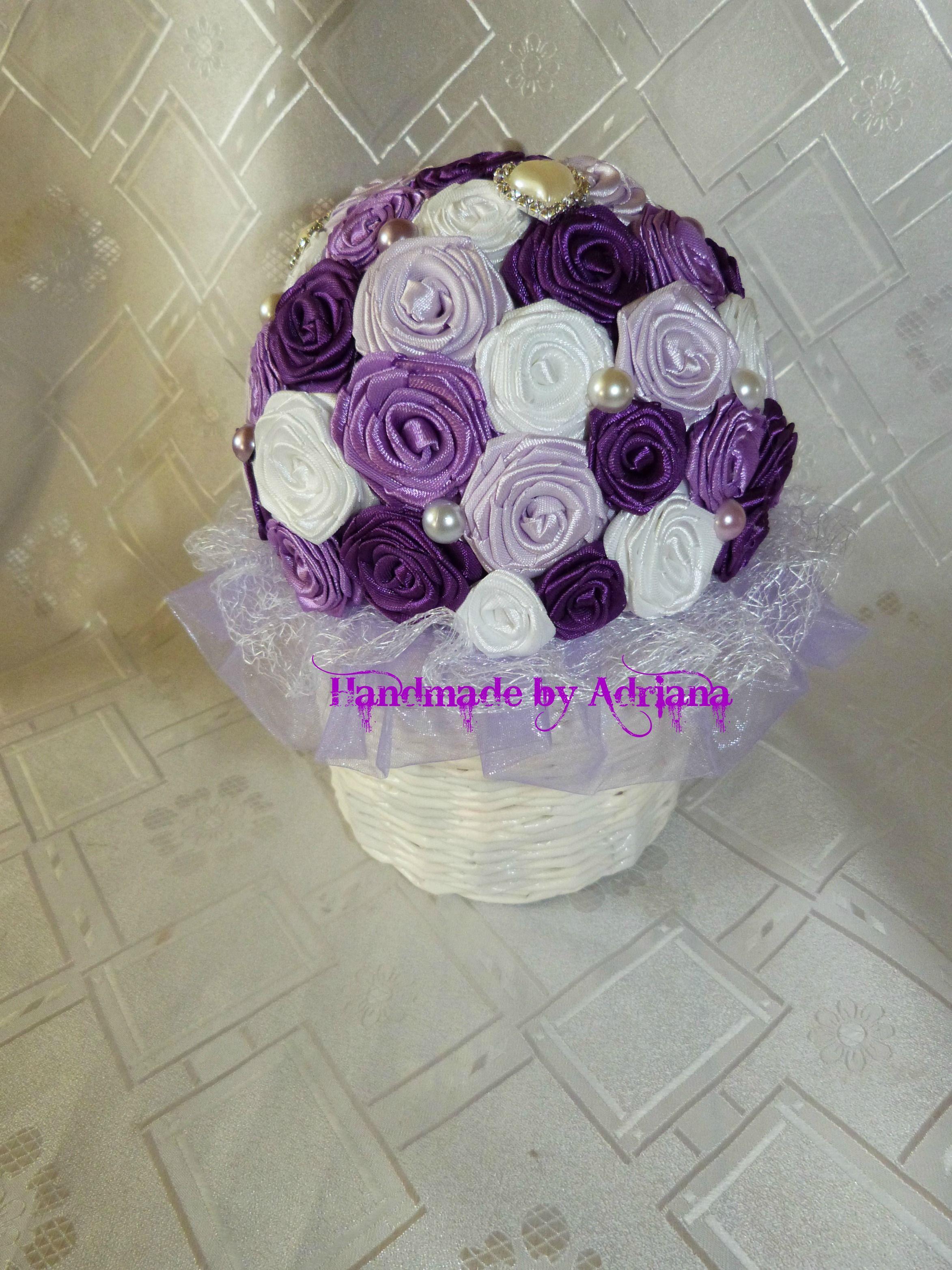 Košíček fialovo-biely...